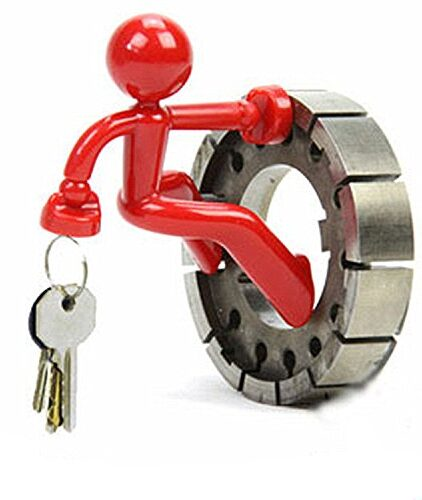Novelty-Wall-Climbing-Strong-Magnetic-Man-Style-Keyring-Set-Holder-0